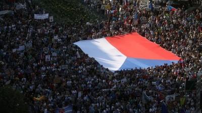 Çekya'da 1989 Kadife Devrimi'nden bu yana en büyük protesto gösterisi