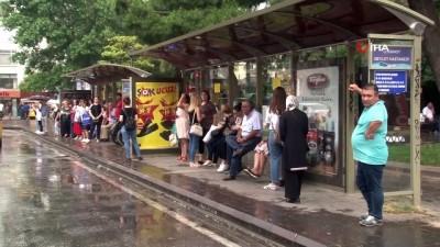 meteoroloji -  İzmir genelinde sağanak yağış etkili oldu
