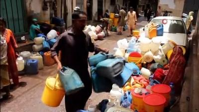 - Karaçi'de Sıcak Hava Dalgası Su Kıtlığını Artırıyor