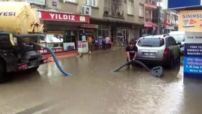 meteoroloji -  Menemen'i sağanak vurdu