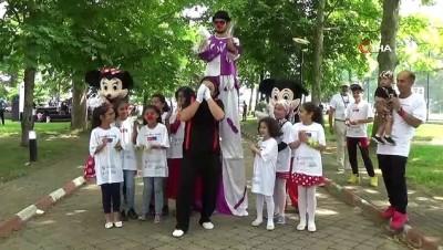 Mülteci ve Türk çocukları etkinlikte doyasıya eğlendi