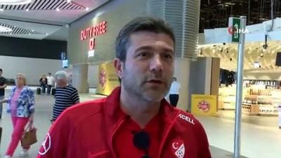Ümit Milli Futbol Takımı'nın kalecisi Altay Bayındır, Kosova'da yaşanan gerginliği anlattı