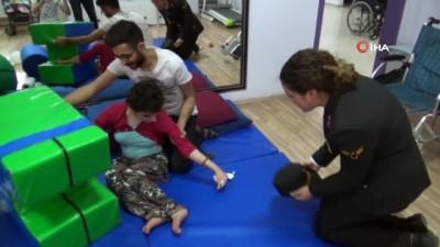 Jandarmadan engelli öğrencilere ziyaret