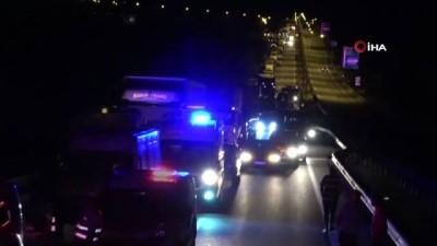 uluslararasi -  Kiraz yüklü tır seyir halinde alev aldı, Moldova uyruklu tır şoförü aracının yanışını böyle kaydetti