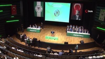 kulup baskani - Konyaspor'da başkan Hilmi Kulluk güven tazeledi