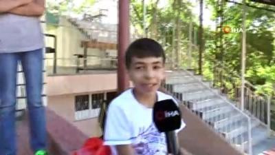 cami imami -  Bu imam başka imam...Çocukları kötü alışkanlıklardan korumak için futbol takımı kurdu