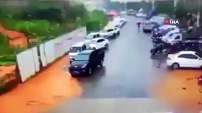 kamera -  - Çin'de Heyelan Faciası: 1 Ölü