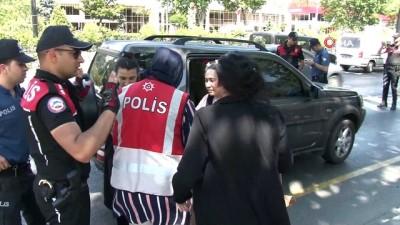 ticari taksi -  Fatih'te Hareketli dakikalar: Polis uygulamadan kaçan şahısları kovaladı