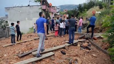 kamera -  Kahramanmaraş'ta su deposu patladı, evleri su bastı