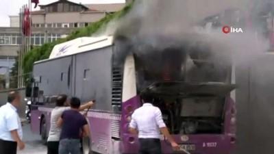 yukselen -  Seyir halindeki otobüs alev aldı, vatandaşlar yangın tüpleriyle müdahale etti