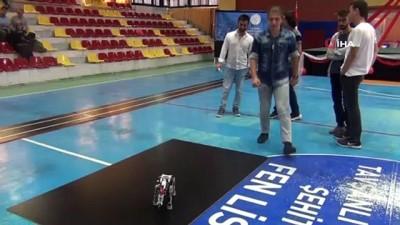 ogretmenler -  Tavşanlı'da Robot Yarışması