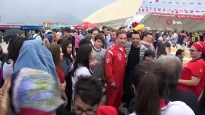 Türk Yıldızları'nın Isparta gösterilerine hava muhalefeti engeli