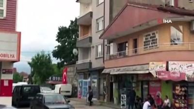 2 yaşındaki çocuk 3'üncü kattan beton zemine böyle çakıldı