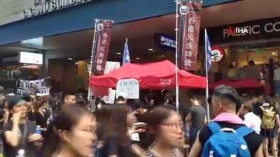 - Hong Kong Lideri Halktan Özür Diledi