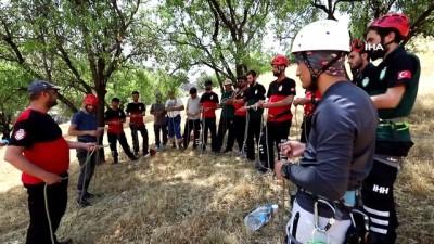 baglama -  Diyarbakır'da zorlu arama kurtarma eğitimi