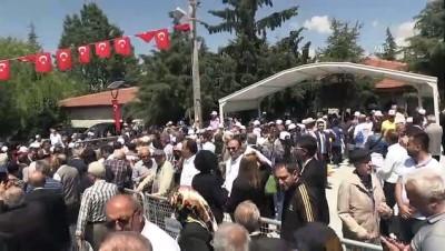Dokuzuncu Cumhurbaşkanı Demirel mezarı başında anıldı - ISPARTA