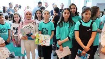 ogrenciler - Tiflis'teki Maarif Vakfı okulunda karne heyecanı