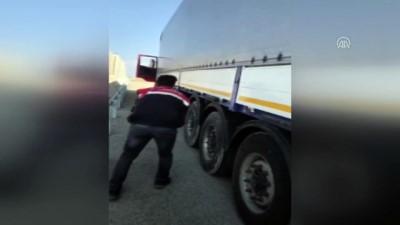 Tırda 585 kilogram eroin ele geçirildi - AĞRI