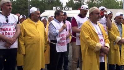 isten cikarma -  - Hizmet-İş kortejinden Muhammed Mursi için giyabı cenaze namazı