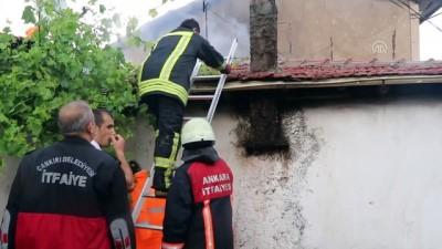 Yıldırım isabet eden evde yangın çıktı - ÇANKIRI