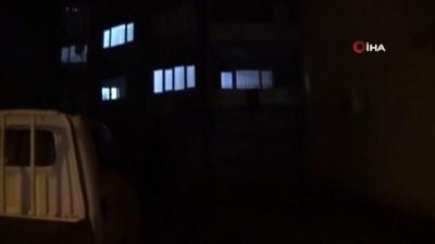 112 acil servis -  12 yaşındaki çocuk camı silerken 4. kattan 1. katın balkonuna düştü