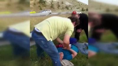 Ankara'da servis aracı devrildi: 15 yaralı