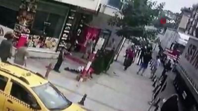ne var ne yok -  Sancaktepe'de dehşete düşüren bıçaklı kavga kamerada : 2 ağır yaralı