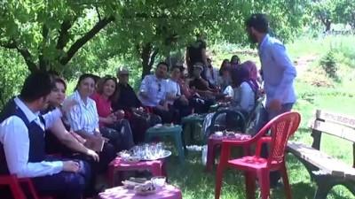 ogretmenlik - Denizlili öğrenciler Şemdinli'yi sevdi - HAKKARİ