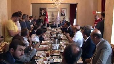 alisveris -  İçişleri Bakanı Süleyman Soylu, tekstil esnafıyla kahvaltıda bir araya geldi