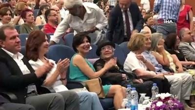 belgesel -  106 yaşına giren Muazzez İlmiye Çığ için Mersin'de doğum günü kutlaması