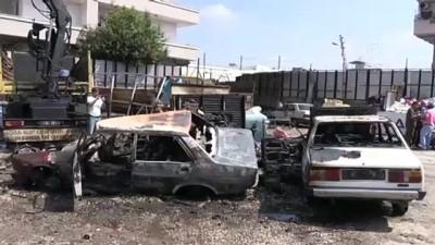 Adana'da iki hurda otomobil yandı - ADANA
