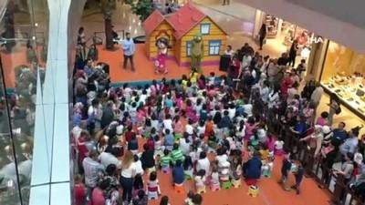 muzikal -  Çocuklar 'Niloya Küçük Balık' müzikali ile doyasıya eğlendi