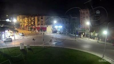 market - Sakarya ve Bolu'daki trafik kazaları MOBESE kameralarında - SAKARYA