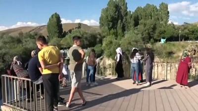 ogretmenlik - Muradiye Şelalesi yeni yüzüyle ziyaretçilerini ağırlıyor - VAN