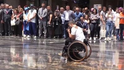 Turhan, YHT ile yaşlı ve engellilerden oluşan bir grubu Konya'ya uğurladı - ANKARA