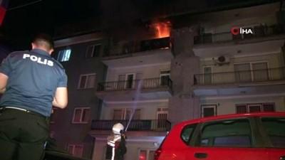dogalgaz hatti -  Başkent'te binanın 3. katında çıkan yangında 3 kişi mahsur kaldı
