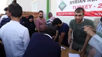 multeci -  İhtiyaç sahibi Suriyeli ailelere buzdolabı yardımı yapıldı