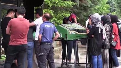 agir yarali - Komşuları tarafından öldürülen öğretmen ile kız kardeşinin cenazeleri defnedildi - KONYA