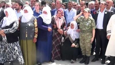 Şehit askerin naaşı memleketi Ağrı'ya getirildi