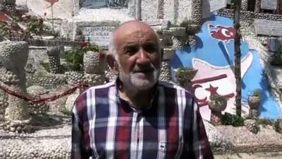 Emekli imam Ahmet Amca, sokağını taşlarla süsledi - SAKARYA