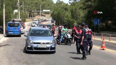 Fethiye'de sürücüler drone ile denetlendi
