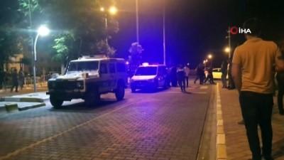 Polis taşlı sopalı kavgayı güçlükle ayırdı