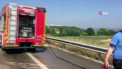 tarim iscisi -  Kaza yapan aracın içinde yanarak böyle hayatını kaybetti