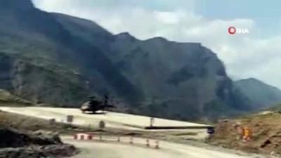 Siirt'te askeri helikopter rahatsızlanan hamile kadın için havalandı
