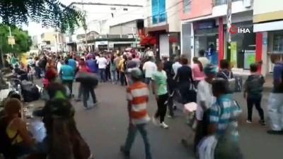 safak vakti -  - Binlerce Venezuelalı Ülkeyi Terk Ediyor