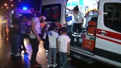 Adana'da yolcu otobüslerinin karıştığı zincirleme kazada 20 kişi yaralandı