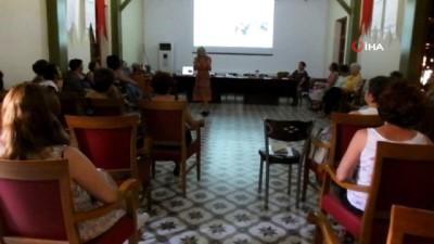 'Masal nasıl anlatılır' kursuna kadınlardan yoğun ilgi