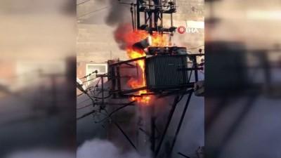 Patlayan trafo alev alev yandı