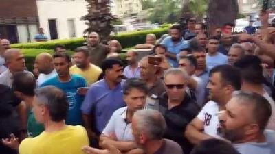 kalaba -  Belediyeden 'kısa mesajla para' isteği pazarcı esnafını kızdırdı