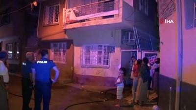 Buzdolabından yangın çıktı: 3 kişi dumandan etkilendi
